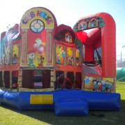 5 in 1 clubhouse rental