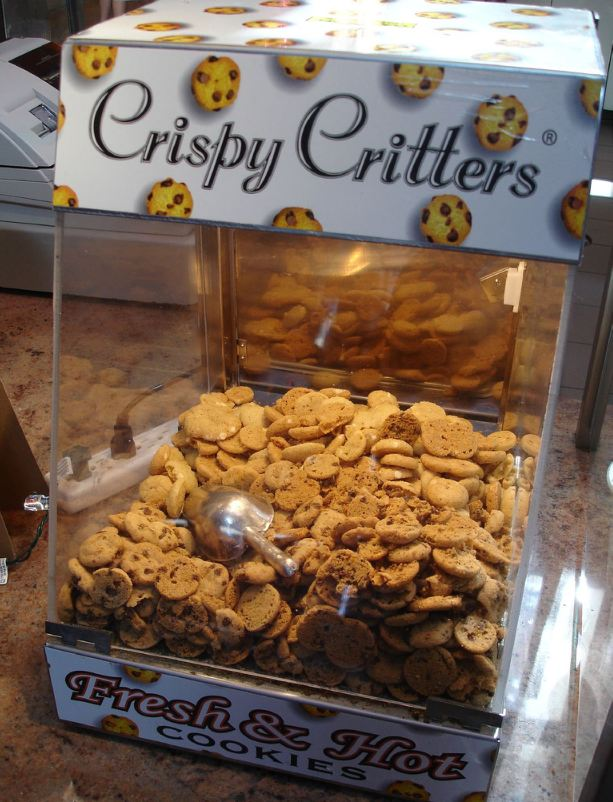 crispy critters rental machine