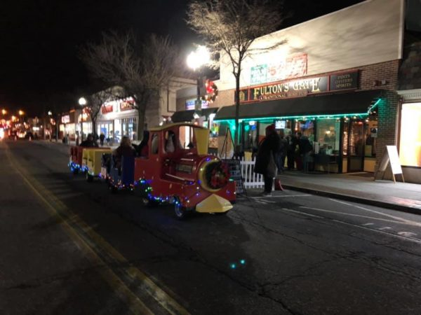 Rideable holiday train